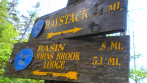A trail sign in the Johns Brook Valley