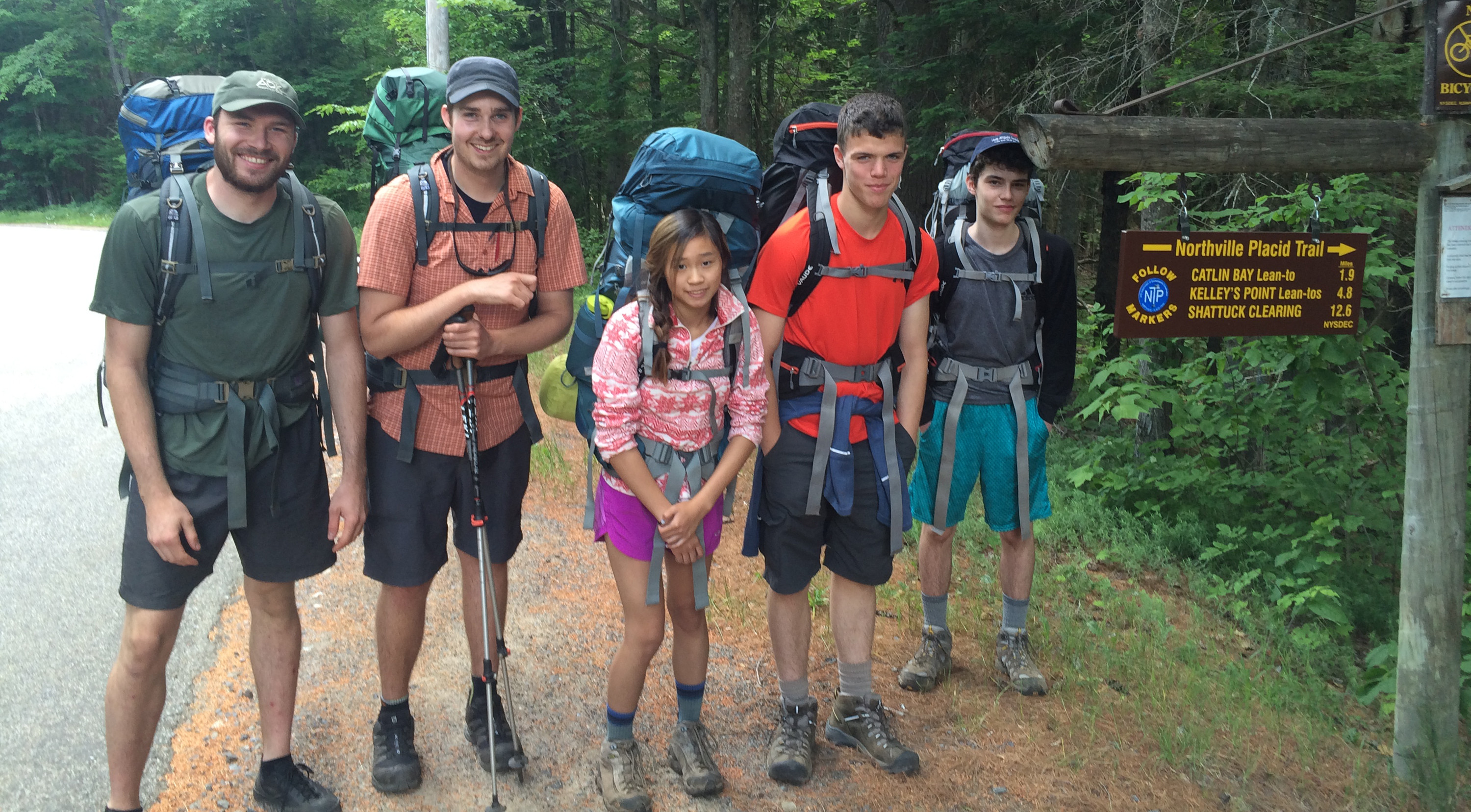 A teen backpacking course before heading out on the trail