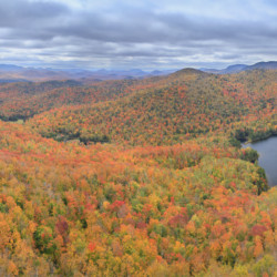Peaked Mt Pond fall panorama