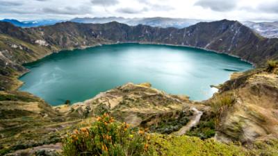 ecuador-volcano-guilotoa-gap
