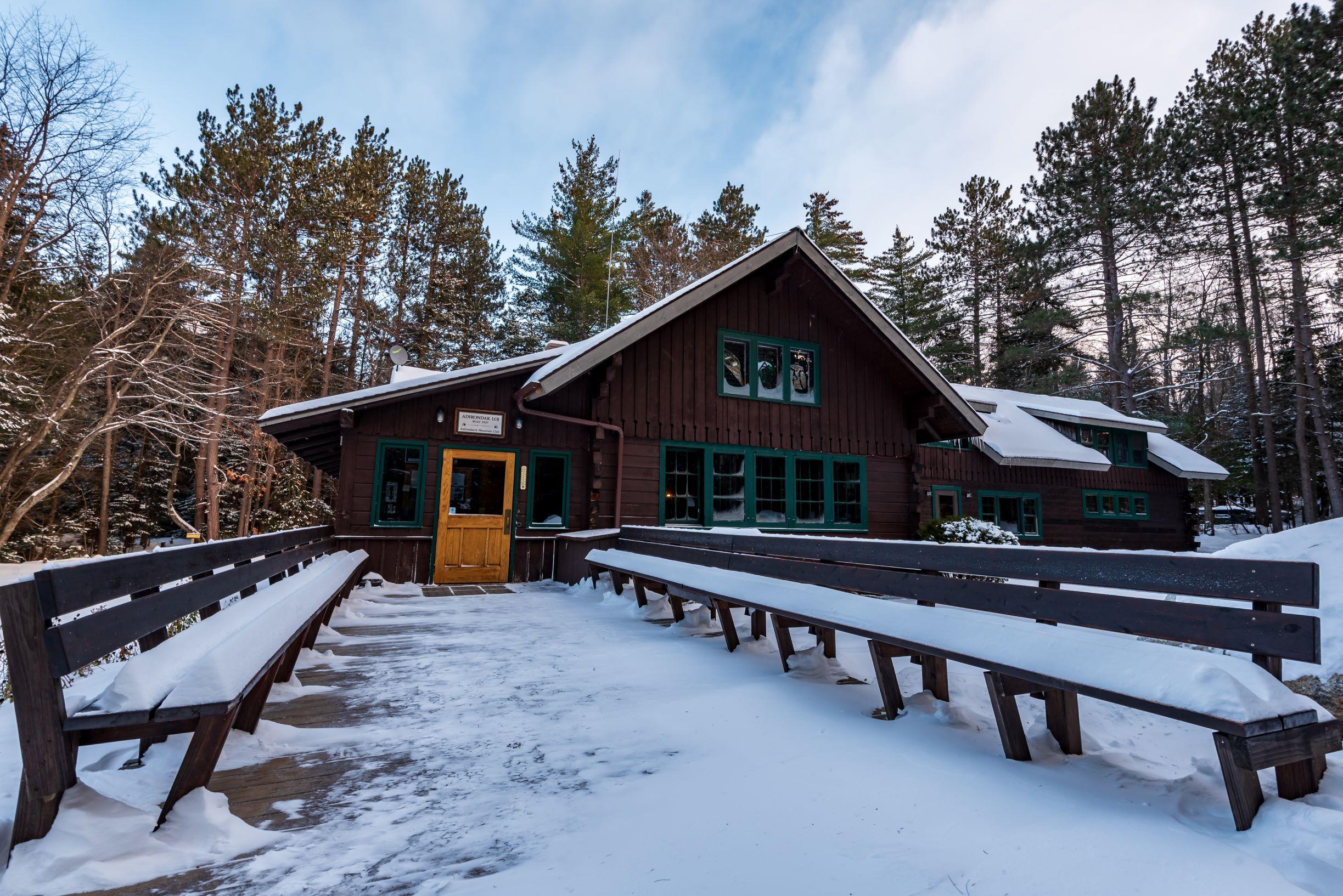 Adirondak Loj exterior in winter