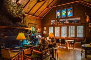 Adirondack Loj Living Room
