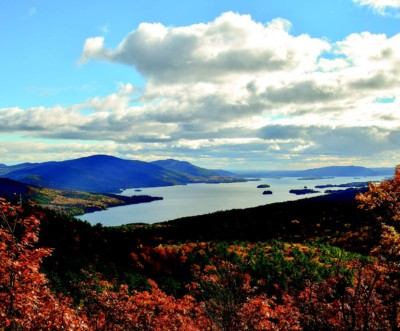 Fall colors from a mountain overlooking a lake