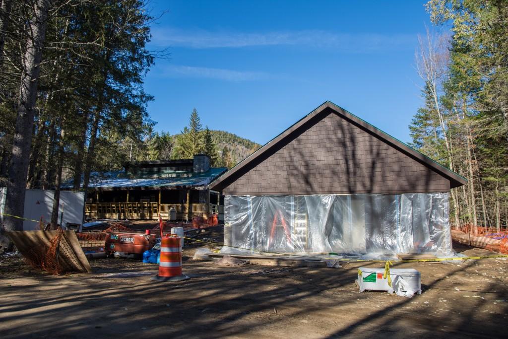 New Four-Season Wash House