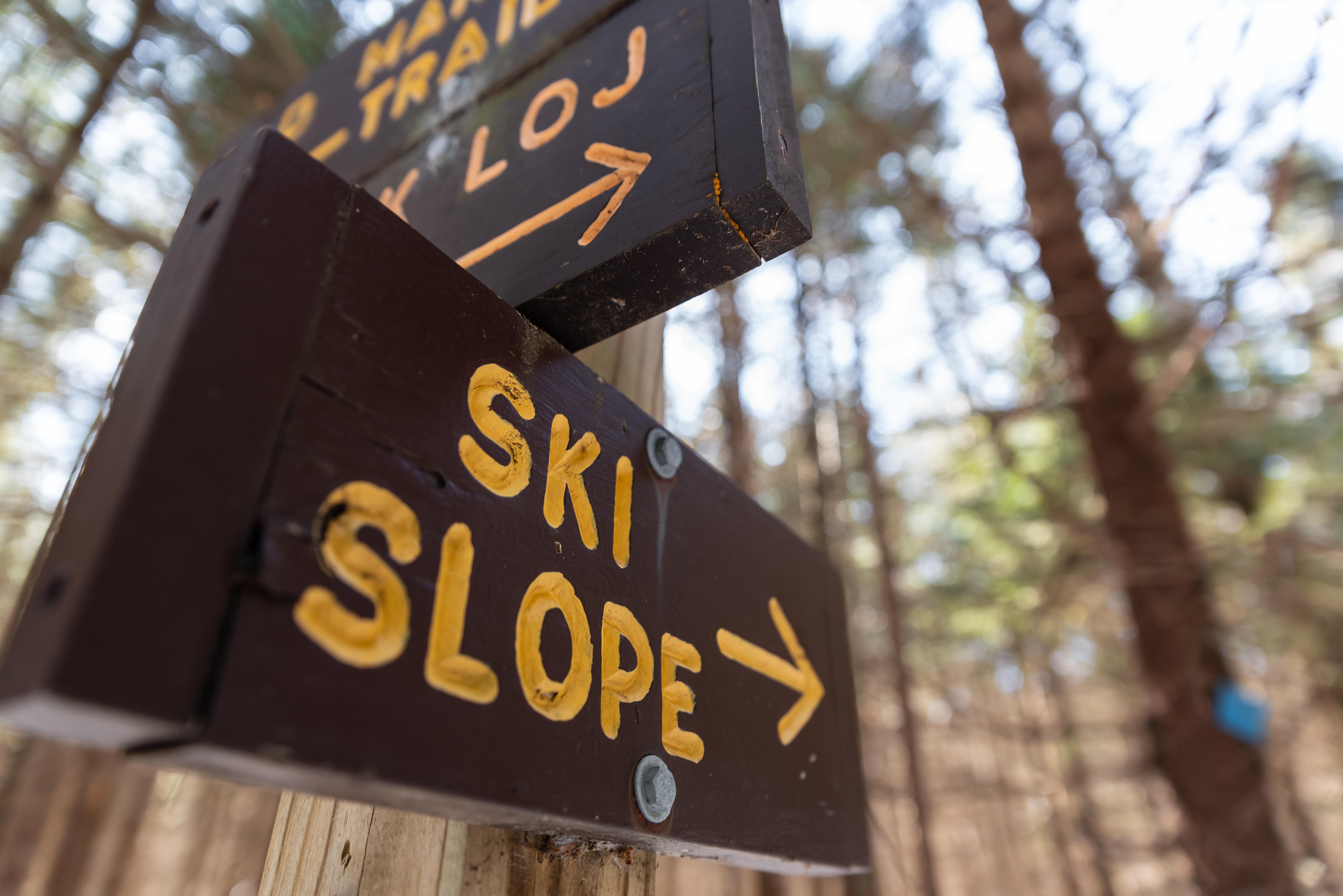 Sign that says ski slope